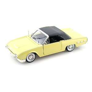 Ford Thunderbird Sport Roadster 1/32 Yellow w/ Black Top Toys & Games