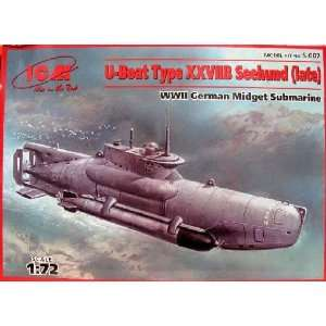 Boat Type XXVIIB Seehund (Late) WWII German Midget Submarine Kit