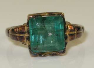 Circa 1920s Art Deco 10K Rose Gold 2.20ct Colombian Emerald Ring Size