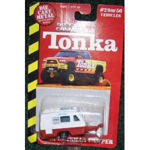 TONKA DIE CAST #29 OF 50 RED AND WHITE SPORTSMAN CAMPER  Toys & Games