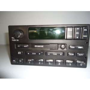 00 01 02 FORD EXPEDITION RADIO AM FM CASSETTE PLAYER